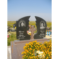 Памятник подвійний гранітний 32