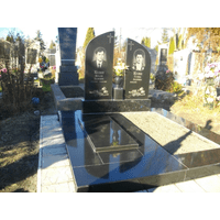 Памятник подвійний гранітний 18