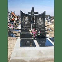 Памятник подвійний гранітний 68