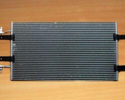 Радиатор кондиционера VALEO на 2.0 / 2.5dci - RENAULT TRAFIC / OPEL VIVARO