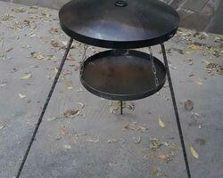 Сковорода 50 см з підставкою для розведення вогню