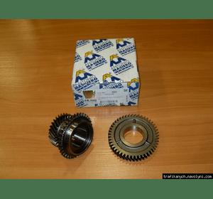 Комплект шестерней  КПП  6  передачи  ( 30 / 47 )   на  1.9 / 2.5dci - RENAULT TRAFIC / OPEL VIVARO / LAGUNA 2