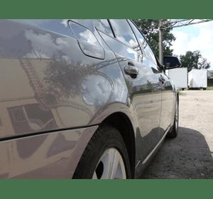 Покриття рідким склом автомобілів